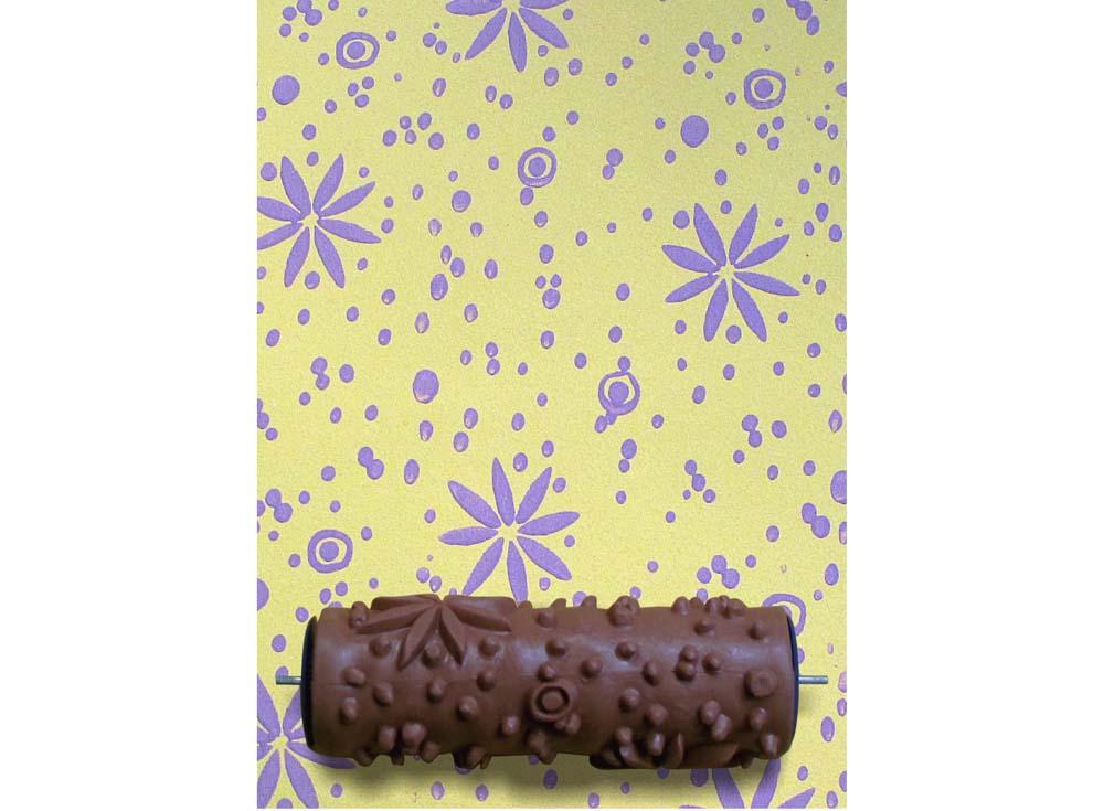 Узорный валик «Гусиный лук»Узорные валики для декора стен<br>Рамка для узорного валика приобретается отдельно!<br> <br> Узорный валик - универсальное приспособление для декорирования практически любой поверхности - от дерева до ткани. Просто использовать и легко ухаживать - красивый узор получится в любом случае, даже ес...<br><br>Артикул: GR-17