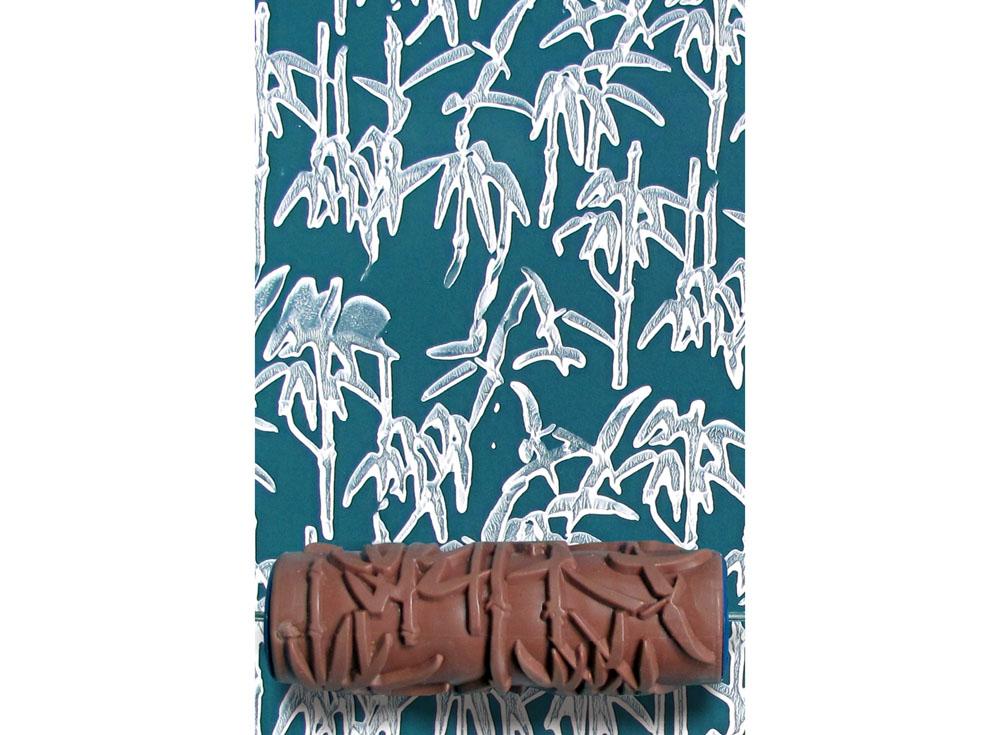 Узорный валик «Молодой бамбук»Узорные валики для декора стен<br>Рамка для узорного валика приобретается отдельно!<br> <br> Узорный валик - универсальное приспособление для декорирования практически любой поверхности - от дерева до ткани. Просто использовать и легко ухаживать - красивый узор получится в любом случае, даже ес...<br><br>Артикул: GR-31
