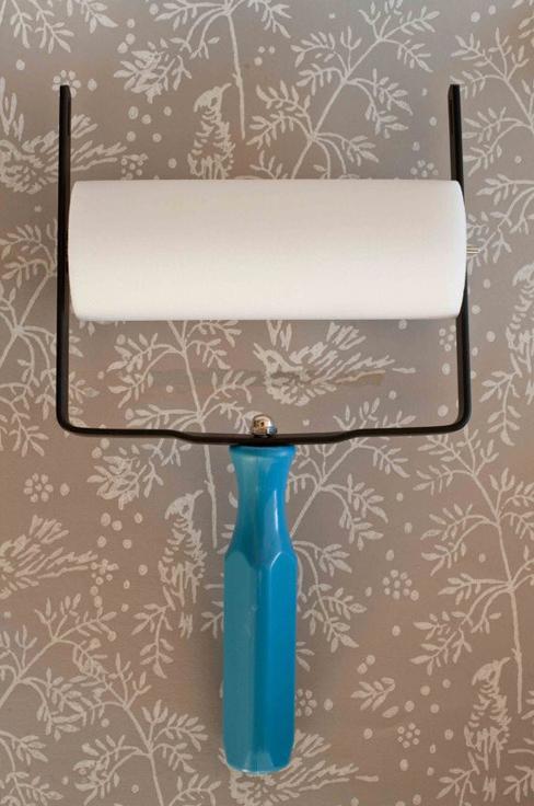 Рамка для узорного валикаУзорные валики для декора стен<br>Узорный валик - универсальное приспособление для декорирования практически любой поверхности - от дерева до ткани. Просто использовать и легко ухаживать - красивый узор получится в любом случае, даже если вы впервые решили заняться украшением стен, мебели...<br><br>Артикул: RAM-GR