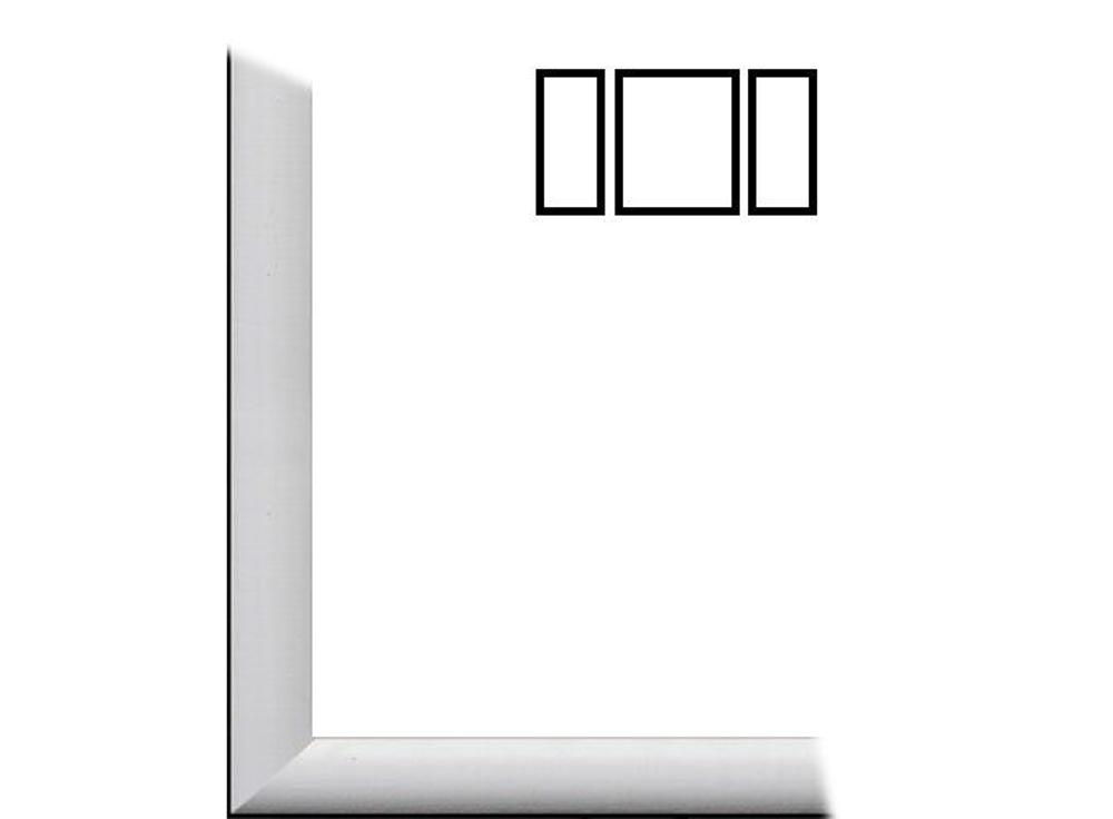 Рамка без стекла для триптиха «Berta»Багетные рамки<br>Для картин на картоне. Подходит для триптихов SCHIPPER 50х80 см<br><br>В комплект входит: рамка, задняя подложка, крючок-вешалка. Стекло в комплект не входит. При необходимости приобретайте стекло отдельно.<br><br>Артикул: 0006-61-0001<br>Размер: 50x80 см<br>Цвет: Белый<br>Ширина: 26<br>Материал багета: Дерево