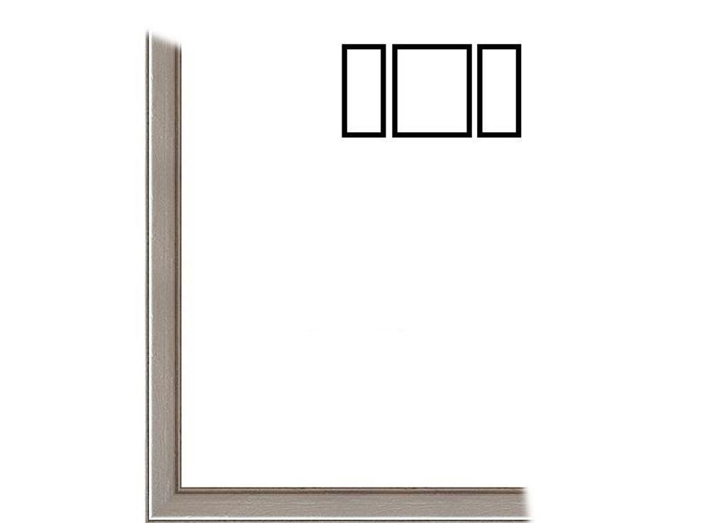 Рамка без стекла для триптихов «Cristina»Багетные рамки<br>Для картин на картоне. Подходит для триптихов SCHIPPER 50х80 см<br><br>В комплект входит: рамка, задняя подложка, крючок-вешалка. Стекло в комплект не входит. При необходимости приобретайте стекло отдельно.<br><br>Артикул: 0008-61-1250<br>Размер: 50x80 см<br>Цвет: Серебро<br>Ширина: 12<br>Материал багета: Дерево