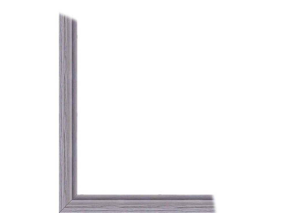 Ламинированна рамка без стекла «Агафь»Багетные рамки<br>Дл картин на картоне. В комплект входит: рамка, задн подложка, крчок-вешалка. Стекло в комплект не входит. При необходимости приобретайте стекло отдельно.<br><br>Артикул: 216-04-4053<br>Размер: 40x50 см<br>Цвет: Серебро<br>Ширина: 21<br>Материал багета: Дерево