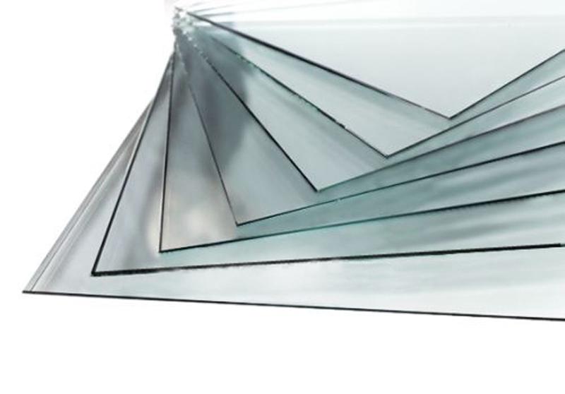 Стекло из полистиролаБагетные рамки<br>Гибкое, легкое и тонкое стекло из полистирола.<br>  Перед установкой в рамку не забудьте снять защитную пленку с обеих сторон стекла!<br><br>Артикул: glass3040<br>Размер: 30x40<br>Материал багета: Полистирол