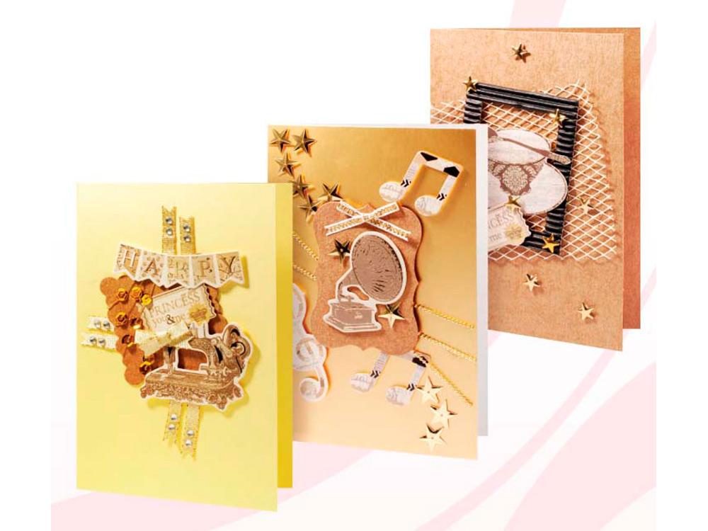 Набор из 3-х открыток «Кофейный»Наборы для создания открыток<br>Размер открыток: 11,5х17 см<br><br>Комплектация набора:<br> - 3 заготовки для открыток<br> - 3 конверта<br> - бумага для скрапбукинга<br> - клеевые подушечки<br> - декоративные элементы (вырубка, ленты, пайетки, стразы, полубусины)<br> - инструкция по сборке открыток (можно восп...<br><br>Артикул: 106-SB<br>Размер: 11,5x17 см