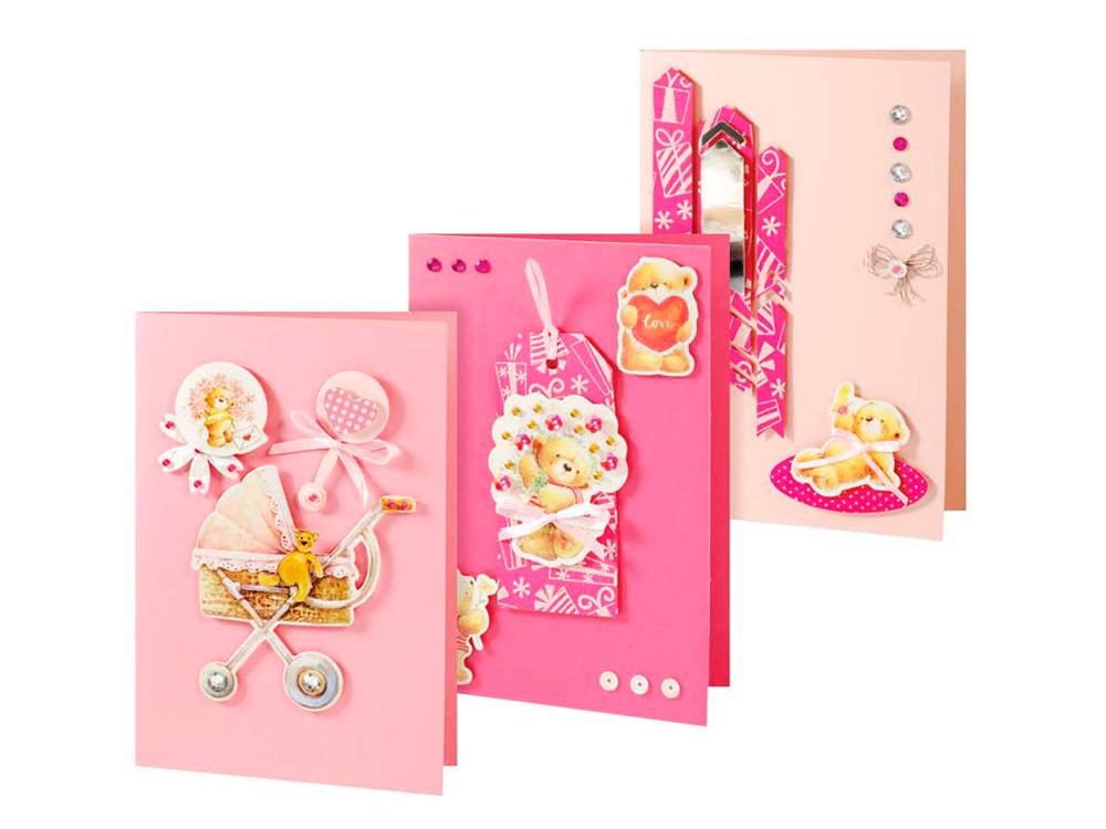 Набор из 3-х открыток «Мишки»Наборы для создания открыток<br>Набор для создания 3-х открыток Мишки<br>(Размер открыток 115 мм * 170 мм)<br><br>-3 заготовки для открыток;<br> -3 конверта;<br> -клеевые подушечки;<br> -декоративные элементы: вырубка из картона, ленты, пайетки, стразы, полубусины.<br><br>Артикул: 108-SB<br>Размер: 11,5x17 см