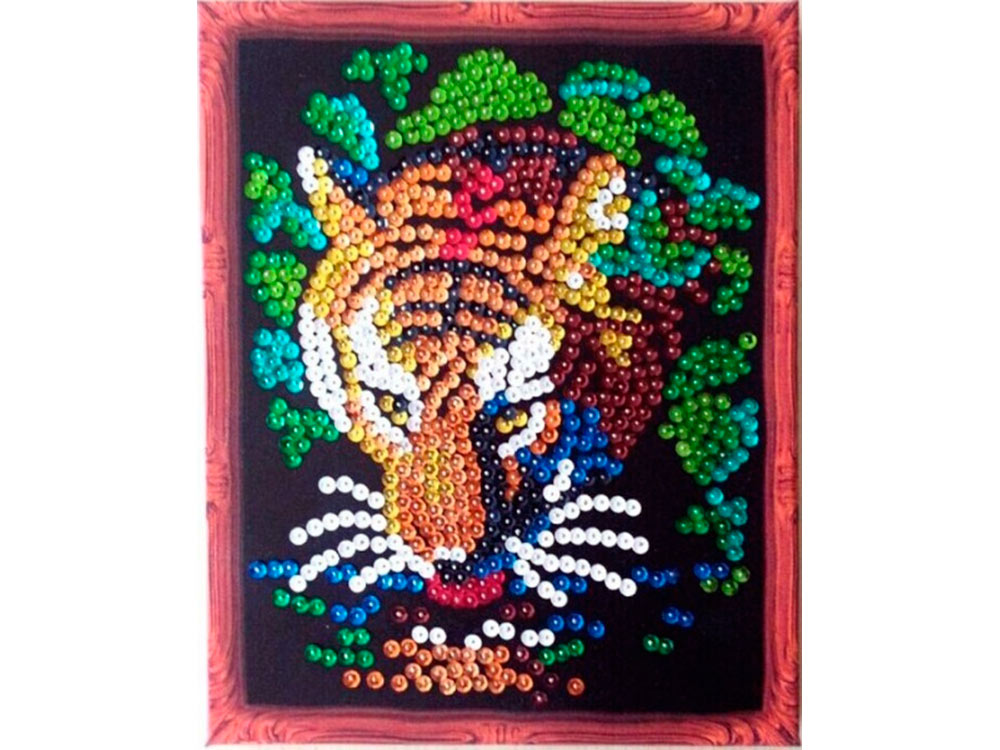 Мозаика из пайеток «Тигр»Мозаика из пайеток<br>Набор мозаики из пайеток содержит все, что нужно для творческого процесса:<br> - основу-планшет с напечатанной схемой и рисунком рамки (фон имеет точечную разметку расположения паейток по цветам);<br><br>- разноцветные пайетки (10-12 цветов);<br><br>- специальные г...<br><br>Артикул: CM001<br>Основа: Планшет из пенопласта<br>Размер: 24x30 см<br>Возраст: от 8 лет