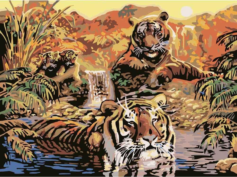 """«Семья тигров»Картины по номерам Белоснежка<br>Наборы от производителя """"Белоснежка"""" имеют особенности, не позволяющие ошибиться в раскрашивании:<br> <br>  холст качественно размечен на сектора;<br>  чтобы легче было сориентироваться в том, какую краску нужно нанести на определенный участок, каждый сектор имее...<br><br>Артикул: 352-CG-C<br>Основа: Цветной холст<br>Сложность: средние<br>Размер: 40x50<br>Количество цветов: 22<br>Техника рисования: Без смешивания красок"""