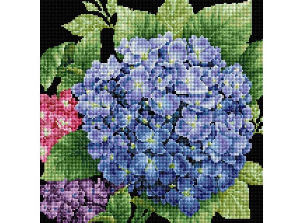 Стразы «Садовая гортензия»Алмазная вышивка фирмы Белоснежка<br><br><br>Артикул: 143-ST-S<br>Основа: Холст на подрамнике<br>Сложность: средние<br>Размер: 40x40<br>Выкладка: Полная<br>Количество цветов: 8-15<br>Тип страз: Квадратные