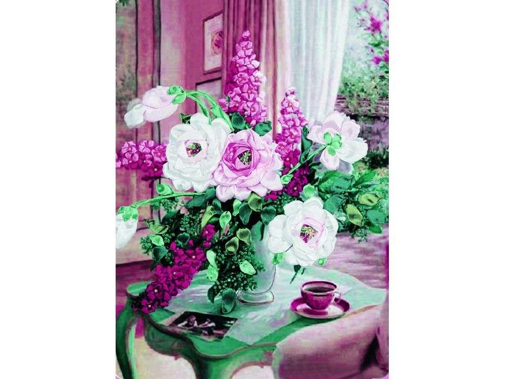 """Картина лентами «Неотразимые цветы»Цветной<br>Уникальный набор вышивки лентами от производителя """"Цветной"""" - прекрасная возможность освоить новый вид творчества.<br><br>Вышивка лентами набирает популярность благодаря великолепному результату, объемные картины из атласных лент и органзы может вышить каждый, ...<br><br>Артикул: C-0087<br>Сложность: средние<br>Размер: 45x56<br>Техника вышивки: ленты<br>Заполнение: Частичное<br>Техника: Вышивка лентами"""
