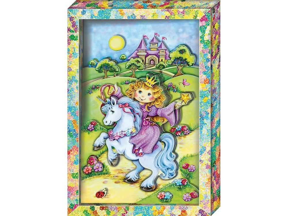 Объемная картина «Принцесса»Клевер<br>Набор для создания объемной картины Принцесса полностью укомплектован для творчества.<br><br>Комплектация:<br> - набор цветных заготовок из плотной бумаги;<br> - картонная картинка-фон;<br> - комплект квадратов объемного двухстороннего скотча;<br> - рамка-коробка.<br><br>Созда...<br><br>Артикул: АБ21-121<br>Основа: Картон<br>Размер: 20x29