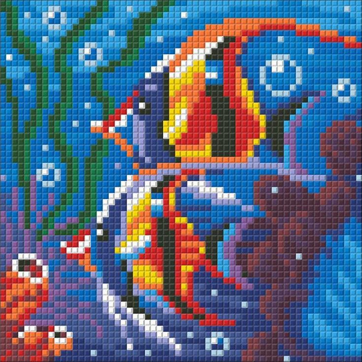 Стразы «Обитатели рифа»Алмазная Живопись<br>Картины стразами бренда «Алмазная Живопись» это:<br><br>четко пропечатанная символьная схема;<br>качественный клеевой слой по всей поверхности холста;<br>большая палитра акриловых страз с 9 гранями, которые, отражая свет, создают эффект объемного изображения.<br>...<br><br>Артикул: АЖ-1364<br>Основа: Холст без подрамника<br>Сложность: средние<br>Размер: 15x20 см<br>Выкладка: Полная<br>Количество цветов: 19<br>Тип страз: Квадратные