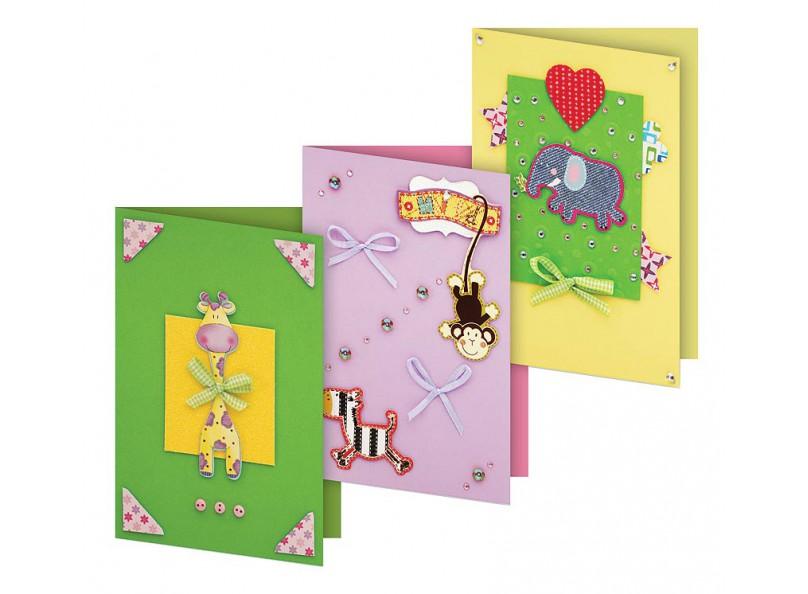 Набор для изготовления 3-х открыток «Веселая мозаика»Наборы для создания открыток<br>Размер открыток: 11,5х17 см<br><br>Комплектация набора:<br> - 3 заготовки для открыток<br> - 3 конверта<br> - бумага для скрапбукинга<br> - клеевые подушечки<br> - декоративные элементы (вырубка из картона, ленты, пайетки, стразы, полубусины)<br> - инструкция по сборке открыток ...<br><br>Артикул: 103-SB<br>Размер: 11,5x17