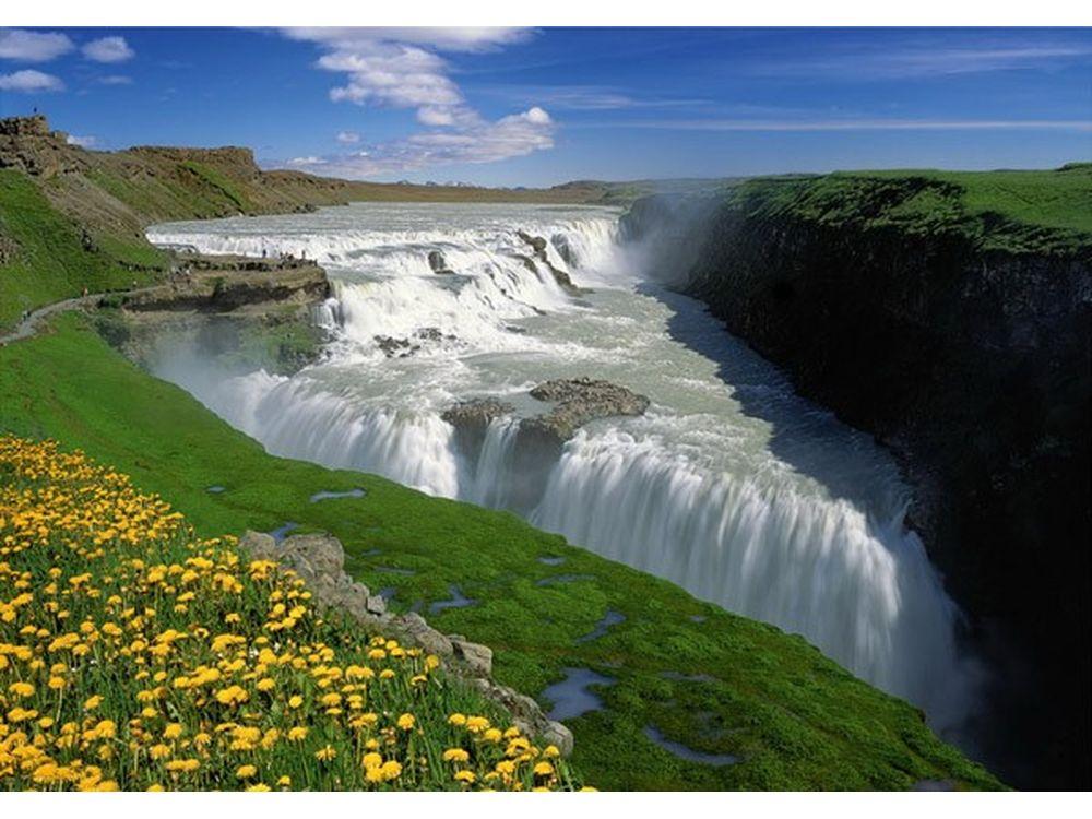 Пазлы «Золотой водопад, Исландия»Trefl<br>Пазл - игра-головоломка, мозаика, состоящая из множества фрагментов, различающихся по форме.<br> По мнению психологов, игра в пазлы способствует развитию логического мышления, внимания, воображения и памяти. Пазлы хороши для всех возрастов - и ребенка-дошко...<br><br>Артикул: 10314<br>Размер: 68,3x48 см