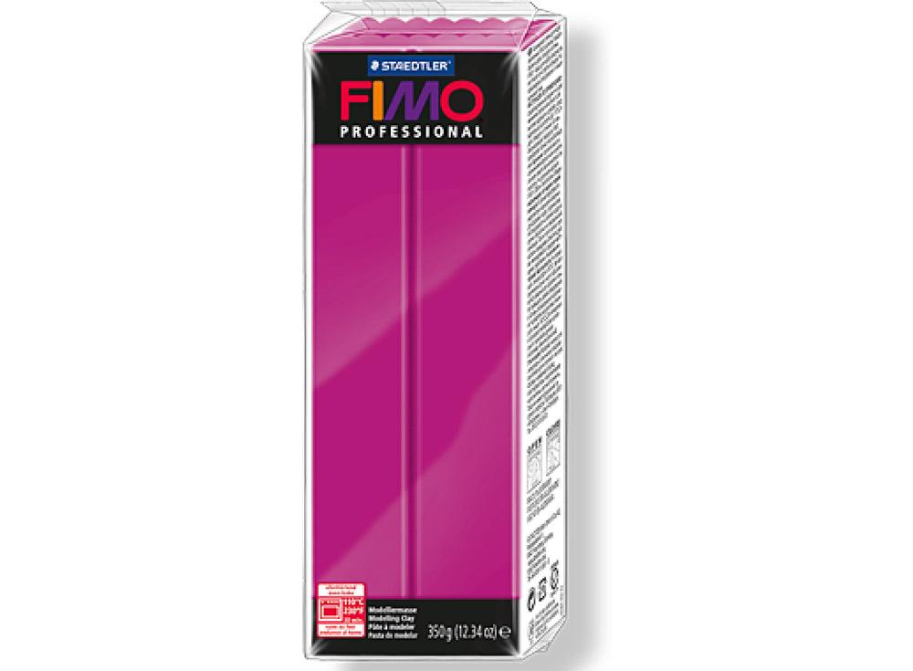 FIMO Professional 210 (чисто пурпурный) 350 гПолимерная глина FIMO<br>Полимерная глина FIMO Professional используется мастерами и художниками для изделий профессионального уровня - украшений, бижутерии, предметов декора с филигранным моделированием.<br> <br> Характеристика:<br><br>FIMO Professional - усовершенствованная формул...<br><br>Артикул: 8001-210<br>Вес: 350 г<br>Цвет: Чисто пурпурный<br>Серия: FIMO Professional