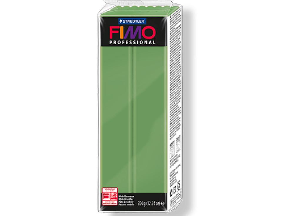 FIMO Professional 57 (зеленый лист) 350 гПолимерная глина FIMO<br>Полимерная глина FIMO Professional используется мастерами и художниками для изделий профессионального уровня - украшений, бижутерии, предметов декора с филигранным моделированием.<br> <br> Характеристика:<br><br>FIMO Professional - усовершенствованная формул...<br><br>Артикул: 8001-57<br>Вес: 350 г<br>Цвет: Зеленый лист<br>Серия: FIMO Professional