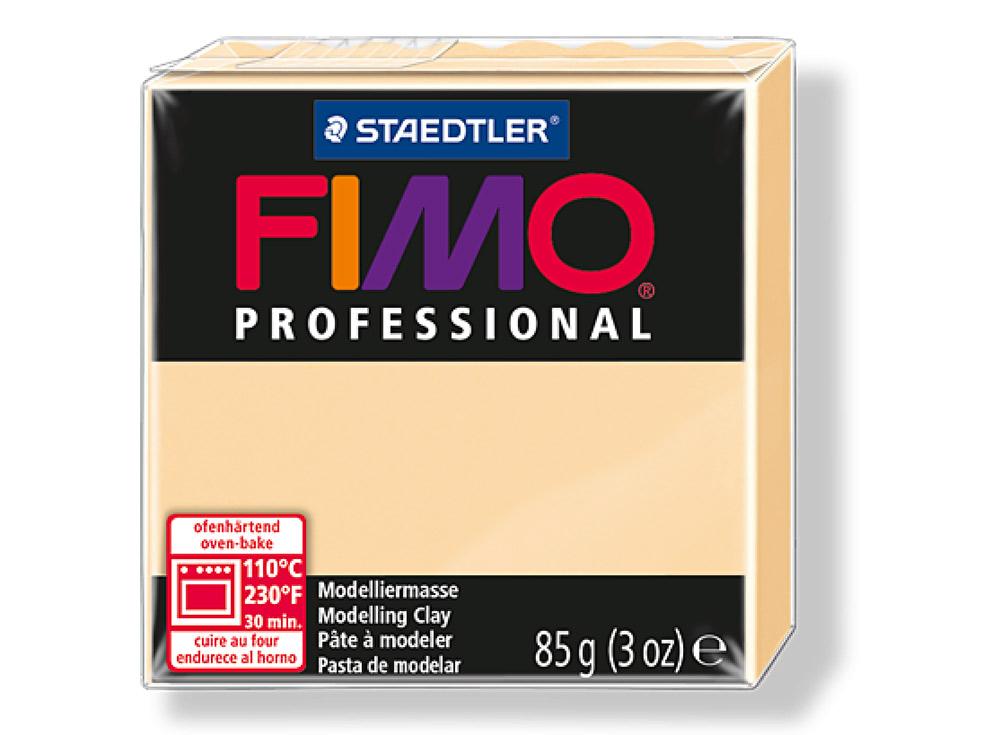 FIMO Professional 02 (шампань)Полимерная глина FIMO<br>Полимерная глина FIMO Professional используется мастерами и художниками для изделий профессионального уровня - украшений, бижутерии, предметов декора с филигранным моделированием.<br> <br> Характеристика:<br><br>FIMO Professional - усовершенствованная формул...<br><br>Артикул: 8004-02<br>Вес: 85 г<br>Цвет: Шампань<br>Серия: FIMO Professional