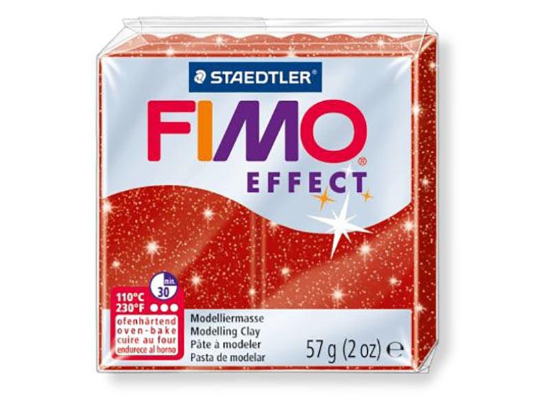 FIMO Effect 202 (красный с блестками)Полимерная глина FIMO<br>Полимерная глина — удивительный материал для творчества и декоративно-прикладного искусства. Лепка из полимерной глины в равной степени увлекает детей и взрослых, вдохновляет мастеров и новичков. Этот вид творчества не требует профессиональной подготовки ...<br><br>Артикул: 8020-202<br>Вес: 57 г<br>Цвет: Красный с блестками<br>Серия: FIMO Effect