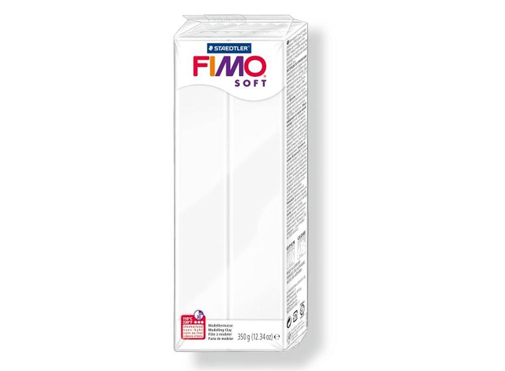 FIMO Soft 0 (белый) 350 гПолимерная глина FIMO<br>Полимерная глина — удивительный материал для творчества и декоративно-прикладного искусства. Лепка из полимерной глины в равной степени увлекает детей и взрослых, вдохновляет мастеров и новичков. Этот вид творчества не требует профессиональной подготовки ...<br><br>Артикул: 8022-0<br>Вес: 350 г<br>Цвет: Белый<br>Серия: FIMO Soft