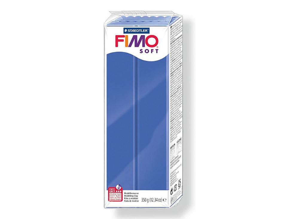 FIMO Soft 33 (блестящий синий) 350 гПолимерная глина FIMO<br>Полимерная глина — удивительный материал для творчества и декоративно-прикладного искусства. Лепка из полимерной глины в равной степени увлекает детей и взрослых, вдохновляет мастеров и новичков. Этот вид творчества не требует профессиональной подготовки ...<br><br>Артикул: 8022-33<br>Вес: 350 г<br>Цвет: Блестящий синий<br>Серия: FIMO Soft