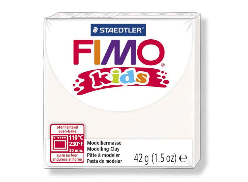 FIMO Kids 0 (белый)Полимерная глина FIMO<br>FIMO Kids - специальная серия мягкой полимерной глины для детей. Идеально подходит для лепки фигурок, цветов, сувениров, игрушек.<br> <br> Характеристика:<br> - мягкая консистенция глины (не нужно прилагать усилий для размягчения, она уже достаточно мягкая для ...<br><br>Артикул: 8030-0<br>Вес: 42 г<br>Цвет: Белый<br>Серия: FIMO Kids
