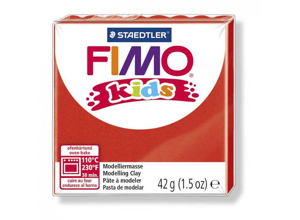 FIMO Kids 2 (красный)Полимерная глина FIMO<br>FIMO Kids - специальная серия мягкой полимерной глины для детей. Идеально подходит для лепки фигурок, цветов, сувениров, игрушек.<br> <br> Характеристика:<br> - мягкая консистенция глины (не нужно прилагать усилий для размягчения, она уже достаточно мягкая для ...<br><br>Артикул: 8030-2<br>Вес: 42 г<br>Цвет: Красный<br>Серия: FIMO Kids