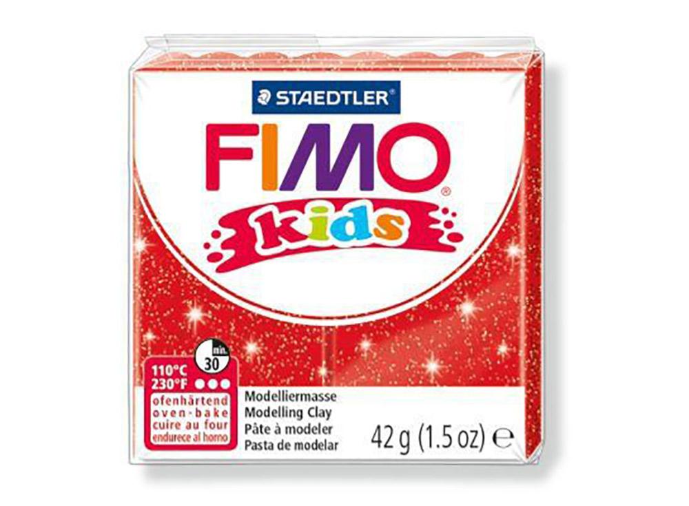 FIMO Kids 212 (блестящий красный)Полимерная глина FIMO<br>FIMO Kids - специальная серия мягкой полимерной глины для детей. Идеально подходит для лепки фигурок, цветов, сувениров, игрушек.<br> <br> Характеристика:<br> - мягкая консистенция глины (не нужно прилагать усилий для размягчения, она уже достаточно мягкая для ...<br><br>Артикул: 8030-212<br>Вес: 42 г<br>Цвет: Блестящий красный<br>Серия: FIMO Kids