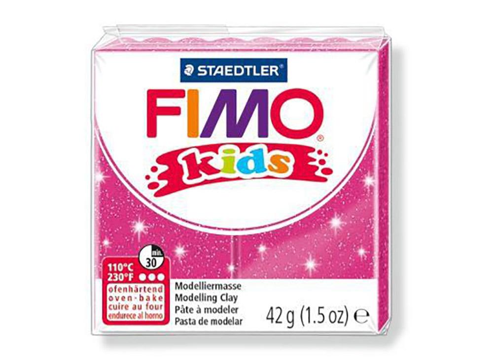 FIMO Kids 262 (блестящий розовый)Полимерная глина FIMO<br>FIMO Kids - специальная серия мягкой полимерной глины для детей. Идеально подходит для лепки фигурок, цветов, сувениров, игрушек.<br> <br> Характеристика:<br> - мягкая консистенция глины (не нужно прилагать усилий для размягчения, она уже достаточно мягкая для ...<br><br>Артикул: 8030-262<br>Вес: 42 г<br>Цвет: Блестящий розовый<br>Серия: FIMO Kids