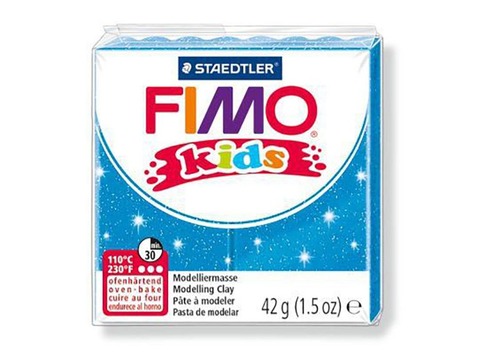 FIMO Kids 312 (блестящий синий)Полимерная глина FIMO<br>FIMO Kids - специальная серия мягкой полимерной глины для детей. Идеально подходит для лепки фигурок, цветов, сувениров, игрушек.<br> <br> Характеристика:<br> - мягкая консистенция глины (не нужно прилагать усилий для размягчения, она уже достаточно мягкая для ...<br><br>Артикул: 8030-312<br>Вес: 42 г<br>Цвет: Блестящий синий<br>Серия: FIMO Kids