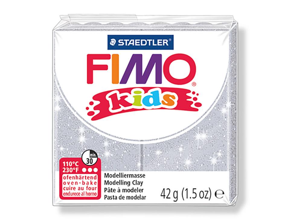 FIMO Kids 812 (блестящий серебряный)Полимерная глина FIMO<br>Полимерная глина — удивительный материал для творчества и декоративно-прикладного искусства. Лепка из полимерной глины в равной степени увлекает детей и взрослых, вдохновляет мастеров и новичков. Этот вид творчества не требует профессиональной подготовки ...<br><br>Артикул: 8030-812<br>Вес: 42 г<br>Цвет: Блестящий серебряный<br>Серия: FIMO Kids