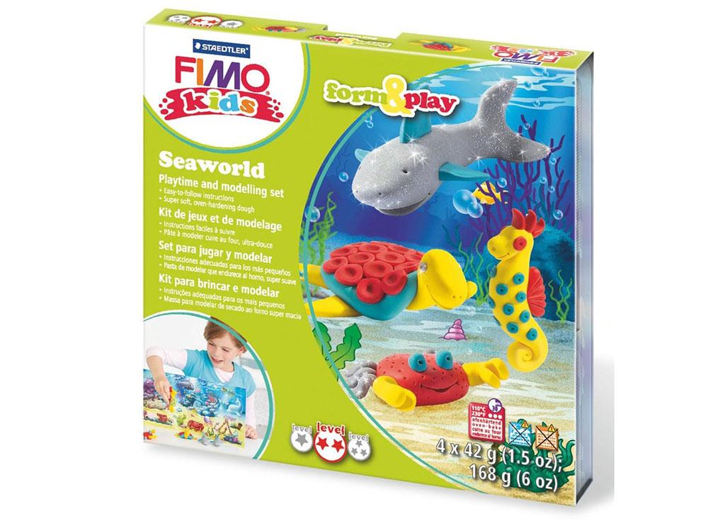 Набор FIMO Kids form&amp;play «Подводный мир»Полимерная глина FIMO<br>Полимерная глина — удивительный материал для творчества и декоративно-прикладного искусства. Лепка из полимерной глины в равной степени увлекает детей и взрослых, вдохновляет мастеров и новичков. Этот вид творчества не требует профессиональной подготовки ...<br><br>Артикул: 8034_14_LZ<br>Вес: 42 г<br>Серия: FIMO Kids form&amp;play