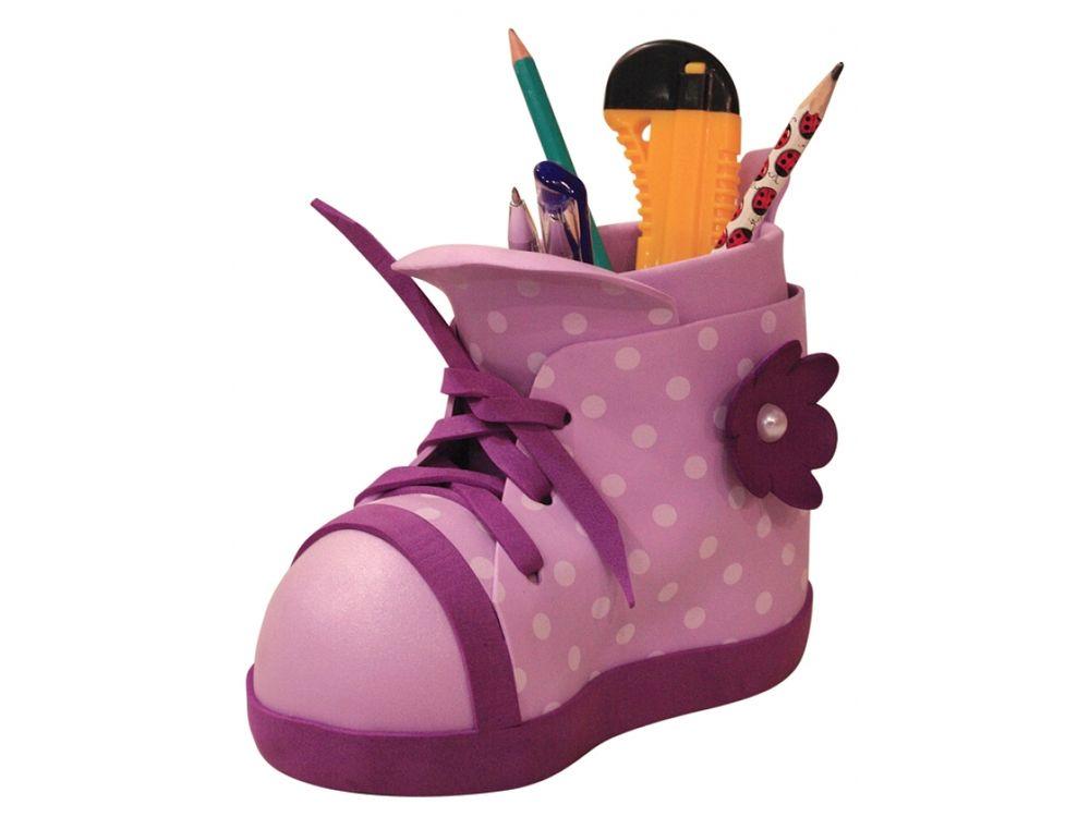 Функциональная модель «Карандашница-ботинок»Наборы из фоамирана<br><br><br>Артикул: ФК002<br>Размер: Высота 20-25 см<br>Возраст: от 8 лет