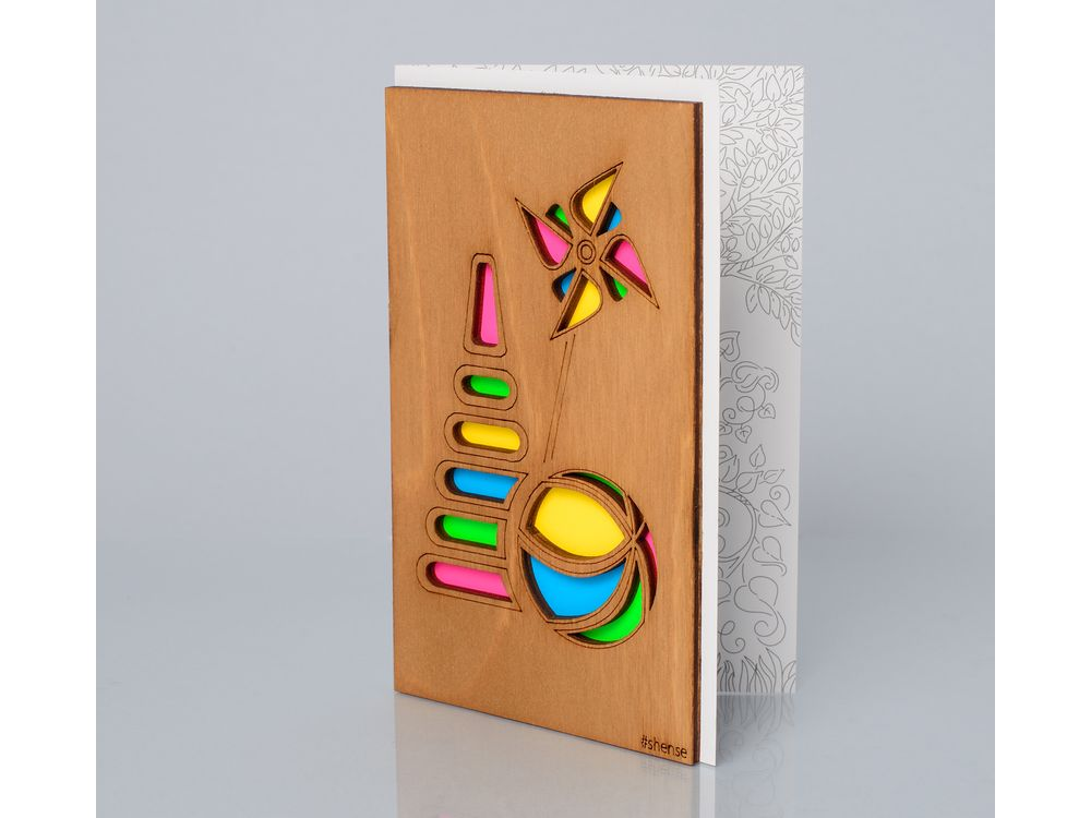 Открытка «Игрушки»Деревянные открытки<br>Деревянные открытки и денежные конверты - прекрасная возможность сделать яркий подарок для тех, кто ценит оригинальность, однако не забывает о традициях. И креативность такого презента заключена не только в необычной деревянной первой странице, ведь в...<br><br>Артикул: 175<br>Размер: 160 х 106 мм<br>Материал: Дерево, бумага