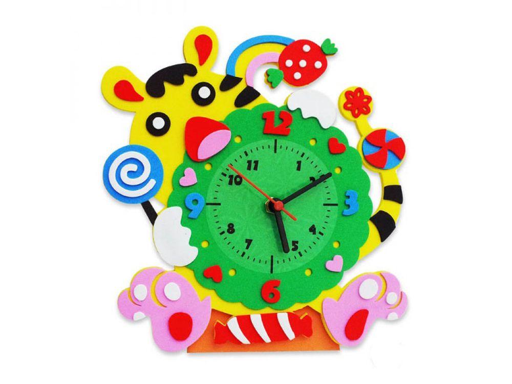 Набор для творчества «Тигр часы»Наборы из фоамирана<br>1. Отклейте защитную бумагу с маленьких деталей модели и наклейте их на самую большую деталь часов в соответствии с рисунком модели.<br> 2. Наклейте пластиковый циферблат в центр модели.<br> 3. Вставьте шток часового механизма в центральное отверстие с обратн...<br><br>Артикул: CL005<br>Основа: Фоамиран<br>Возраст: от 3 лет
