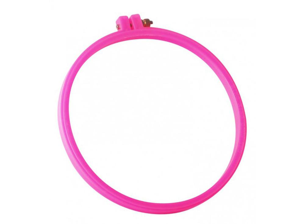 Пяльцы розовые пластиковыеАксессуары для вышивки<br><br><br>Артикул: D 23<br>Размер: Диаметр 23 см<br>Цвет: Розовый
