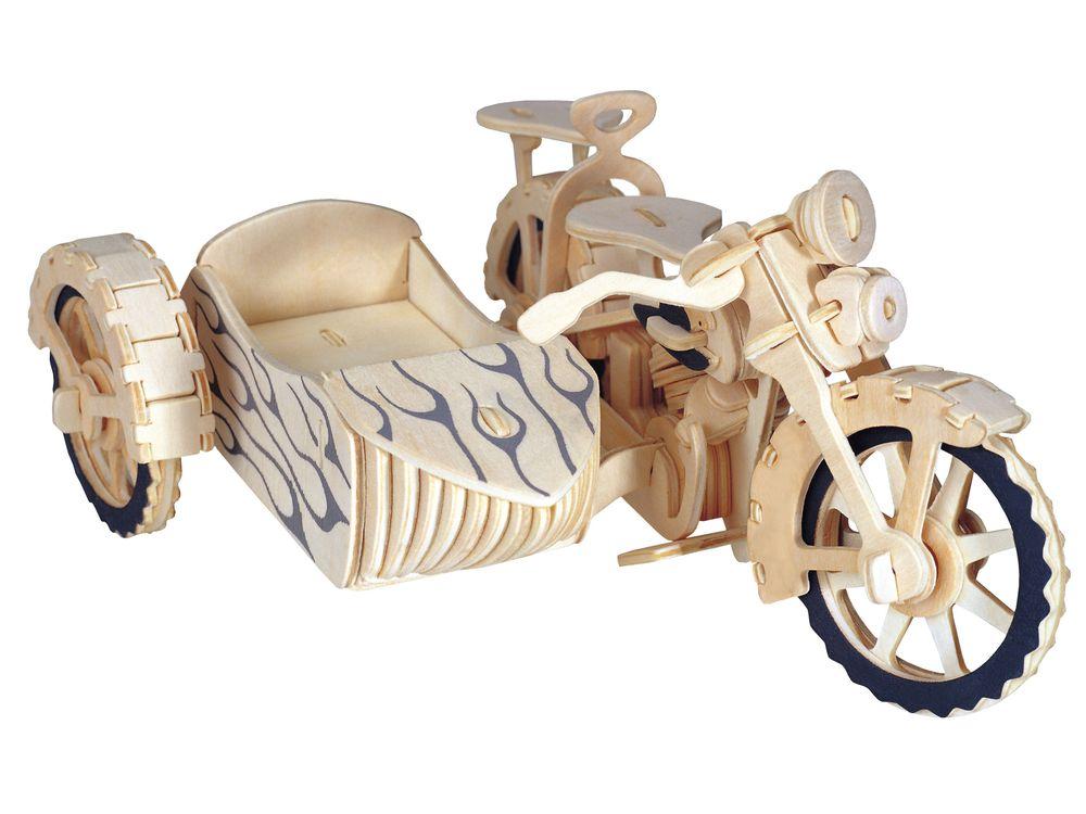 Конструктор «Мотоцикл с коляской»Сборные деревянные модели<br>Конструкторы от производителя Чудо-дерево для детей и взрослых, для подарка и личного интересного досуга – теперь на Цветное.ру. Многообразие моделей позволит сделать выбор даже самому требовательному покупателю. <br> <br> Приобретая конструктор от производит...<br><br>Артикул: P124<br>Вес: 0,42 кг<br>Размер готовой модели: 8,8x20,2x15,8 см<br>Материал: Дерево<br>Упаковка: прозрачная пленка<br>Размер упаковки: 37,0 x 0,9 x 23,0 см<br>Количество пластин заготовок шт: 3<br>Размер пластин: 23x37x0,3 см<br>Возраст: от 5 лет