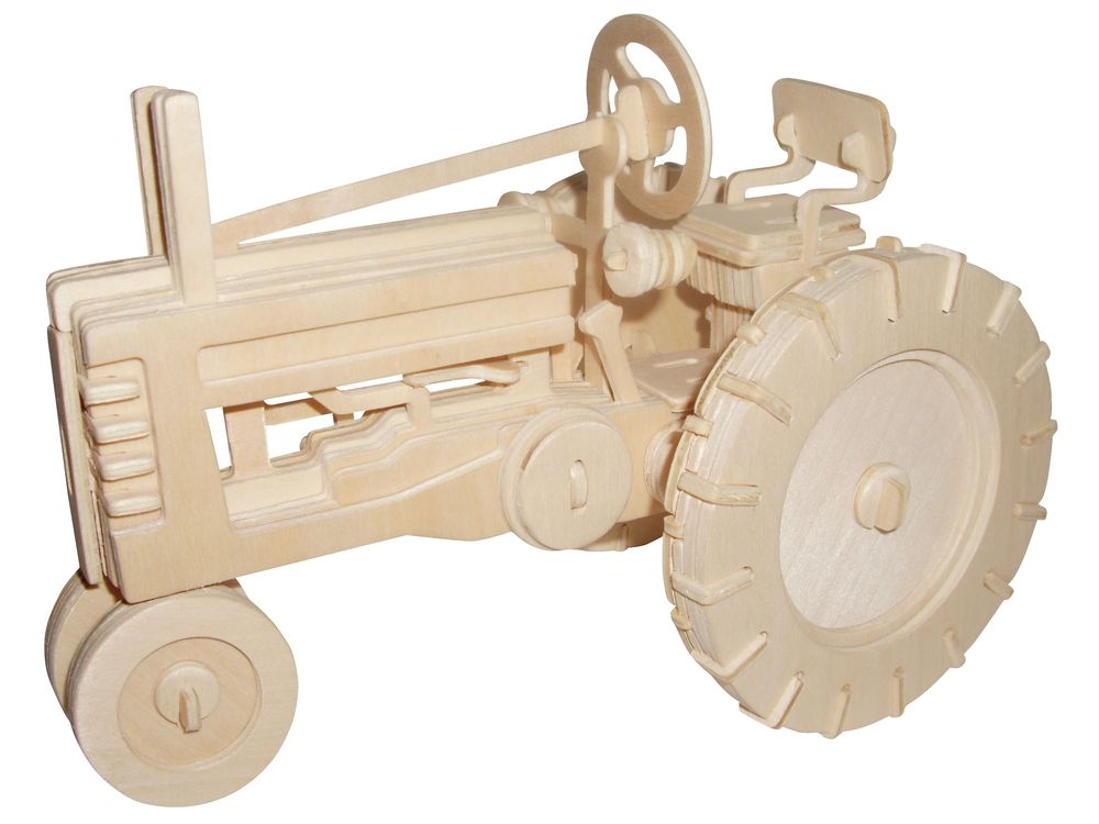Конструктор «Трактор фермерский»Сборные деревянные модели<br>Конструкторы от производителя Чудо-дерево для детей и взрослых, для подарка и личного интересного досуга – теперь на Цветное.ру. Многообразие моделей позволит сделать выбор даже самому требовательному покупателю. <br> <br> Приобретая конструктор от производит...<br><br>Артикул: P136<br>Вес: 0,49 кг<br>Размер готовой модели: 17x17x15 см<br>Материал: Дерево<br>Упаковка: прозрачная пленка<br>Размер упаковки: 37,0 x 1,2 x 23,0 см<br>Количество пластин заготовок: 3,5<br>Размер пластин: 23x37x0,3 см<br>Возраст: от 5 лет
