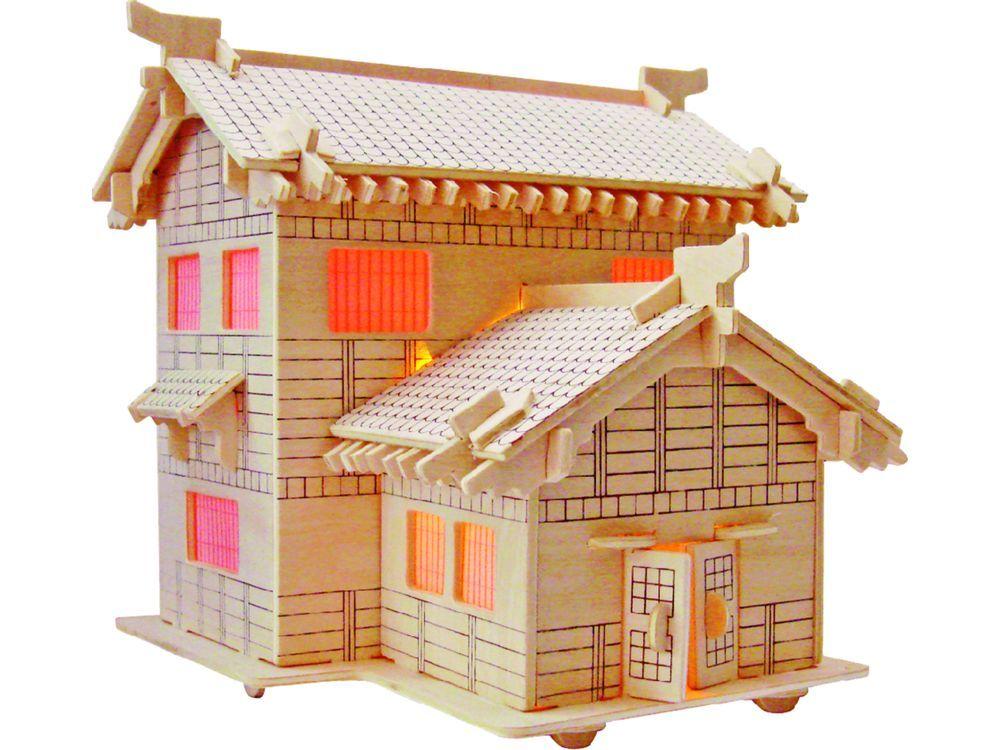 Конструктор «Домик сенсея»Сборные деревянные модели<br>Конструкторы от производителя Чудо-дерево для детей и взрослых, для подарка и личного интересного досуга – теперь на Цветное.ру. Многообразие моделей позволит сделать выбор даже самому требовательному покупателю. <br> <br> Приобретая конструктор от производит...<br><br>Артикул: PH069<br>Вес: 0,42 кг<br>Размер готовой модели: 21,3x19,5x18,5 см<br>Материал: Дерево<br>Упаковка: прозрачная пленка<br>Размер упаковки: 37,0 x 0,9 x 23,0 см<br>Количество пластин заготовок шт: 3<br>Размер пластин: 23x37x0,3 см
