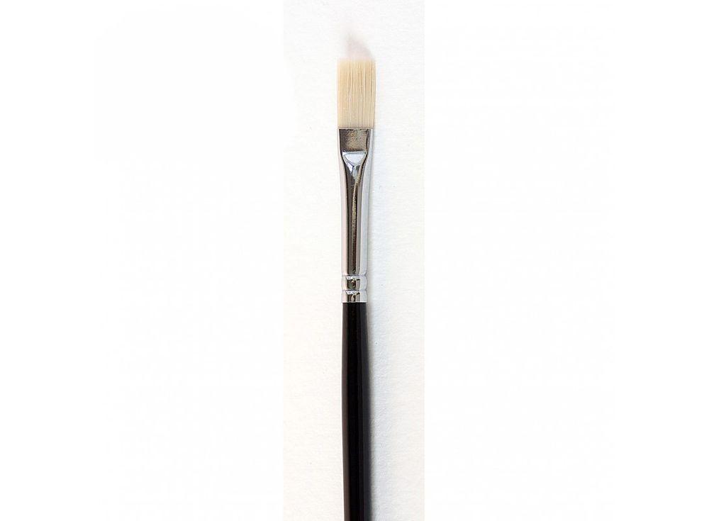 Кисть синтетическая «Зима» плоская №4Аксессуары для рисования картин по номерам<br>Кисть Малевичъ (серия «Зима») - имеет в меру жесткий и упругий волос. Может быть использована для работы над картиной акриловыми или масляными красками.<br> <br> Длина ручки: 18 см <br> Обойма: цельнотянутая, с двойной обжимкой и антикоррозийным покрытием никел...<br><br>Артикул: 710004
