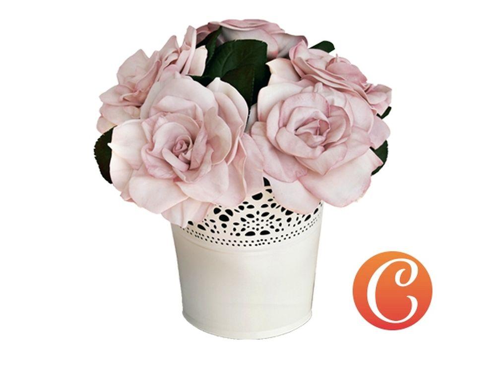 Набор фоамирана «Королева Виктория. Английские розы»Наборы фоамирана<br>Фоамиран - уникальный материал, обладающий пластичностью, запоминающий форму, которую ему придали, на ощупь напоминающий нежную мягкую замшу. Именно из него создают изящные изделия, соперничающие по красоте с настоящими цветами. <br> <br> Наборы фоамирана, ко...<br><br>Артикул: CH.13059<br>Основа: Фоамиран