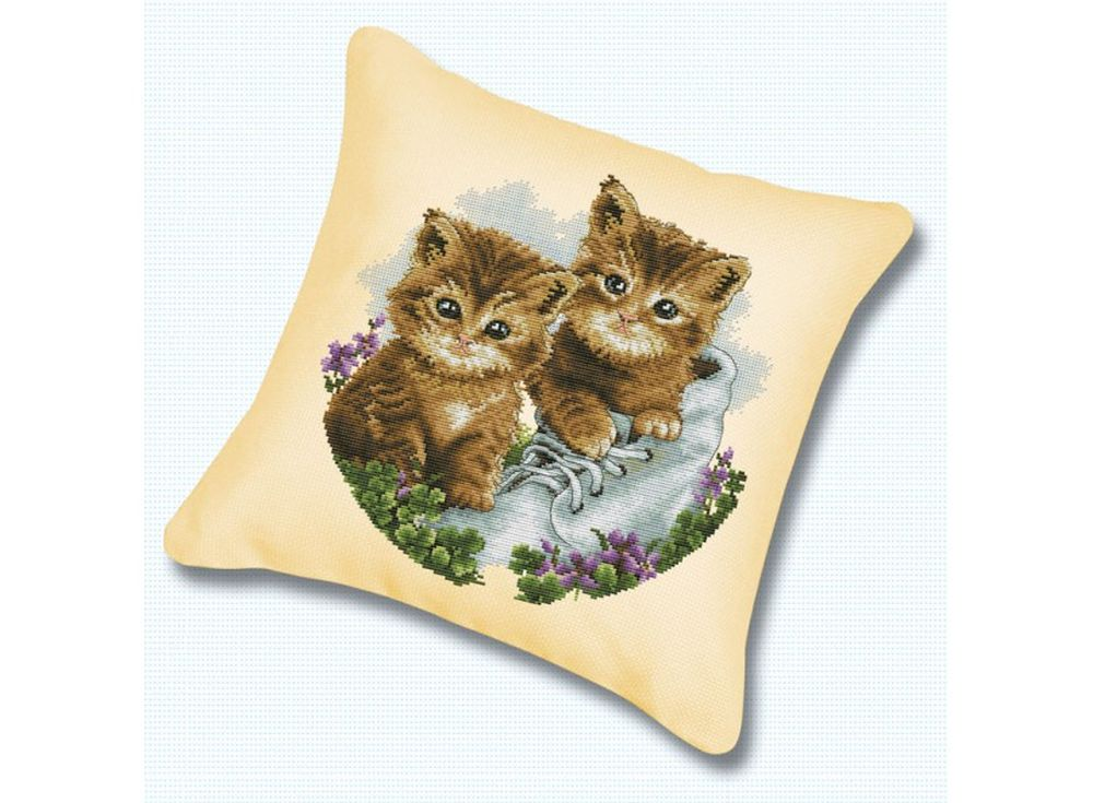 Подушка «Котята» (канва бежевая)Белоснежка<br><br>