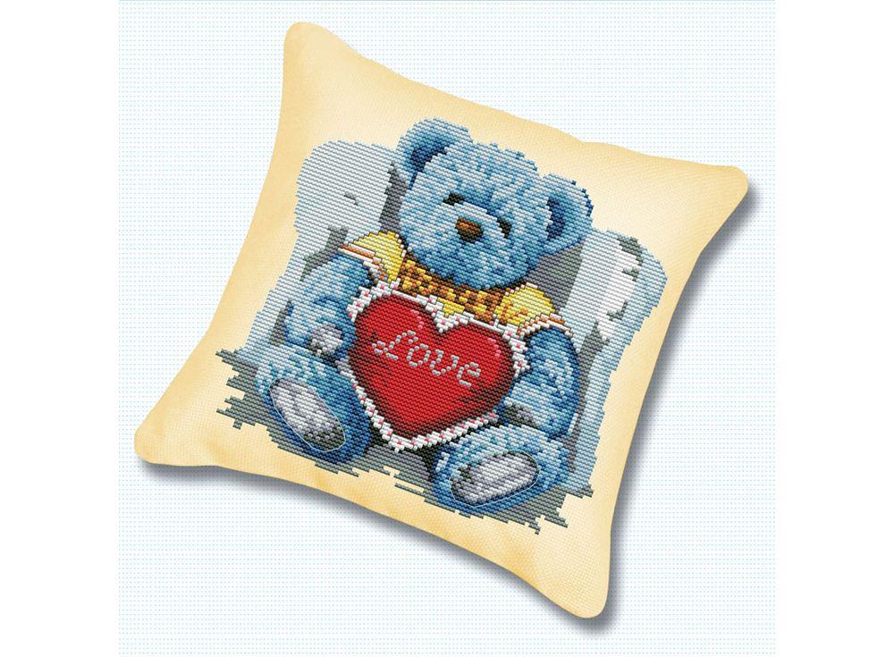 Подушка «Медвежонок с сердцем» (канва бежевая)