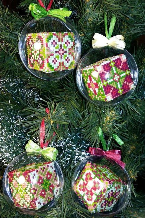 Набор мозаичных шаров «Рождественские 5-8»