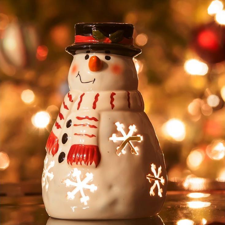 Стразы «Снеговик»Яркие Грани<br><br><br>Артикул: DS441<br>Основа: Холст без подрамника<br>Сложность: средние<br>Размер: 20x20 см<br>Выкладка: Полная<br>Количество цветов: 29<br>Тип страз: Квадратные