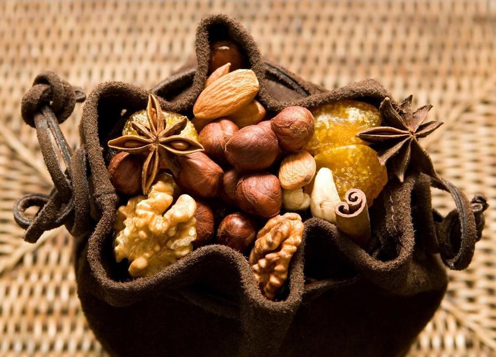 Алмазная вышивка «Орехи»