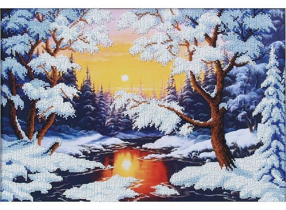 Набор вышивки бисером «Зимняя сказка»Вышивка бисером Магия канвы<br><br><br>Артикул: Б-079<br>Основа: ткань<br>Размер: 41х28 см<br>Техника вышивки: бисер<br>Тип схемы вышивки: Цветная схема<br>Заполнение: Частичное<br>Рисунок на канве: нанесён рисунок<br>Техника: Вышивка бисером