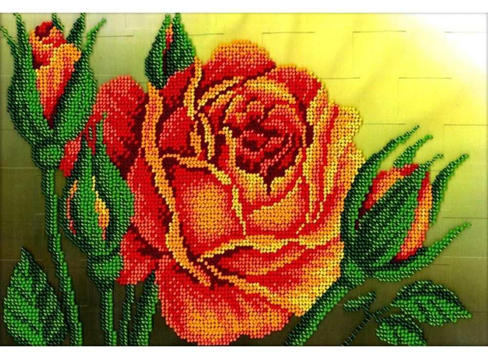 Вышивание бисером розы