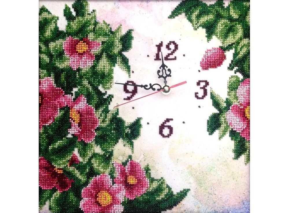 Набор вышивки бисером «Часы. Изобилие»Вышивка бисером FeDi<br><br><br>Артикул: КВ412<br>Основа: ткань с нанесенным рисунком и схемой<br>Размер: 29х29 см<br>Техника вышивки: бисер<br>Тип схемы вышивки: Цветная схема вышивки<br>Количество цветов: 12<br>Заполнение: Частичное