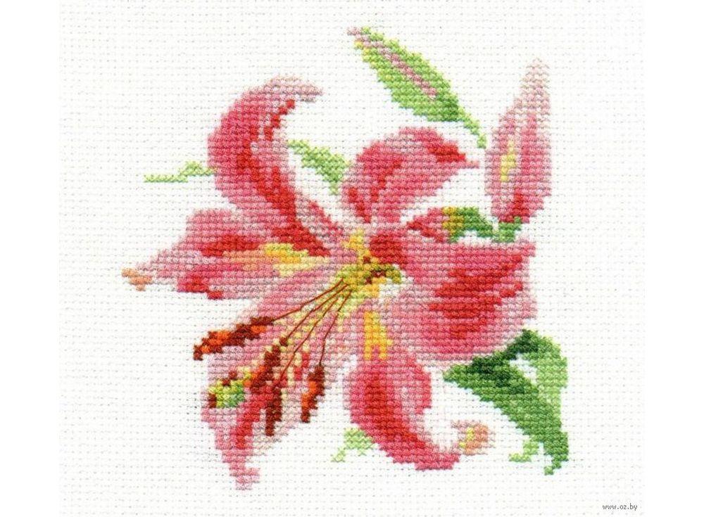 Набор для вышивания «Лилия»Вышивка крестом Алиса<br><br><br>Артикул: 0-118<br>Основа: канва Aida 14 100% хлопок Gamma<br>Размер: 11x12 см<br>Тип схемы вышивки: Цветная схема<br>Цвет канвы: Белый<br>Количество цветов: 16<br>Рисунок на канве: не нанесён<br>Техника: Вышивка крестом<br>Нитки: мулине 100% хлопок Gamma