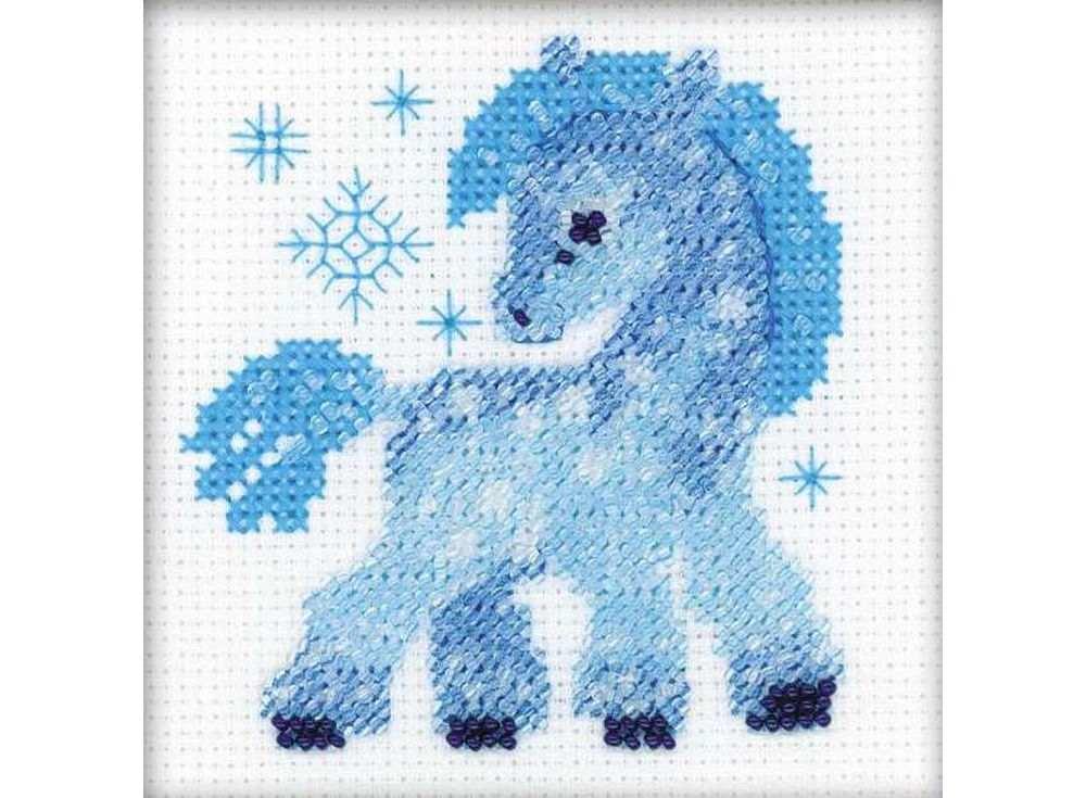 Набор для вышивания вышивки бисером «Ледяная лошадка»Вышивка смешанной техникой Риолис<br><br><br>Артикул: 1392<br>Основа: канва 14 Aida Zweigart<br>Размер: 10х10 см<br>Техника вышивки: счетный крест+бисер<br>Тип схемы вышивки: Цветная схема<br>Цвет канвы: Белый<br>Количество цветов: Мулине: 3 цвета, бисер: 2 цвета<br>Художник, дизайнер: Галина Скабеева<br>Заполнение: Полное<br>Рисунок на канве: не нанесён<br>Техника: Смешанная техника
