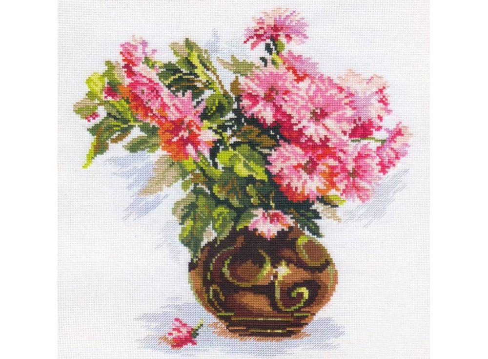 Набор для вышивания «Цветущий сад: Хризантемки»Вышивка крестом Алиса<br><br><br>Артикул: 2-09<br>Основа: канва Aida 14 100% хлопок Gamma<br>Размер: 26х29 см<br>Тип схемы вышивки: Цветная схема<br>Цвет канвы: Белый<br>Количество цветов: 25<br>Рисунок на канве: не нанесён<br>Техника: Вышивка крестом<br>Нитки: мулине 100% хлопок Gamma
